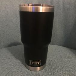 New Yeti Rambler 30 oz _Stainless Steel & Vacuum Insulated T